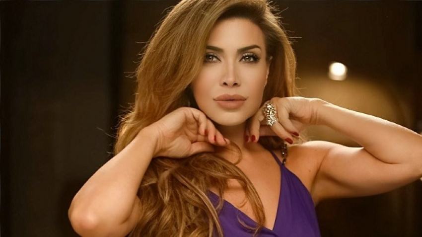 Nawal Al Zoghbi's reaction after canceling her first concert in Egypt