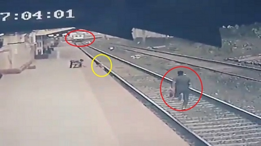 Child and train accident in India, video