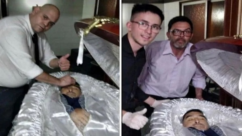 Selfie with Maradona in the coffin raises controversy