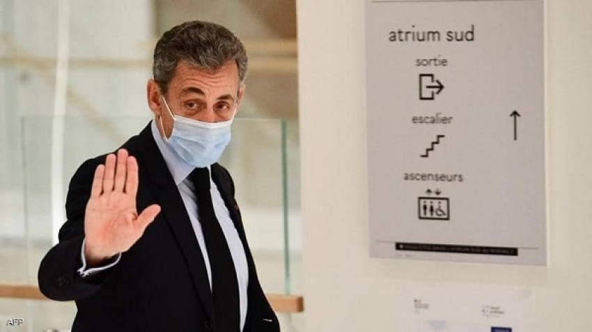 Three years in prison for the former president, Nicolas Sarkozy