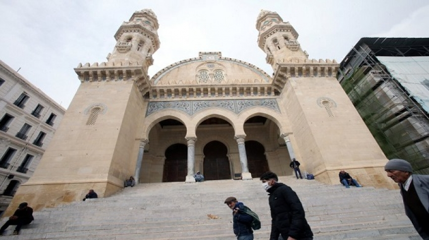 The death of the imam of a mosque in Algeria