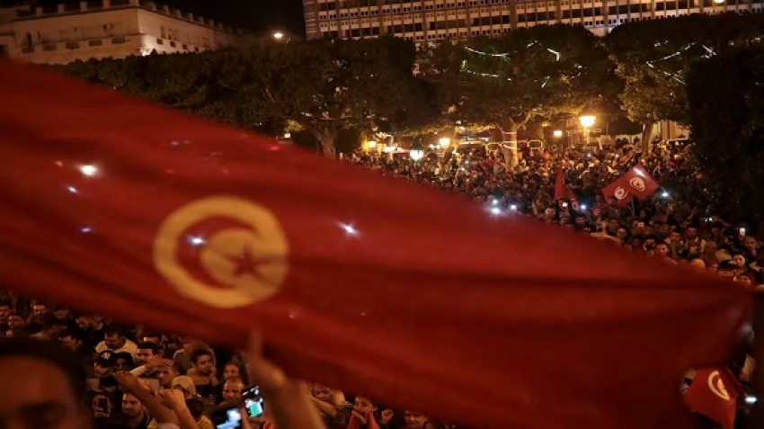 Tunisia is under the hammer of the IMF between the Corona virus and street congestion