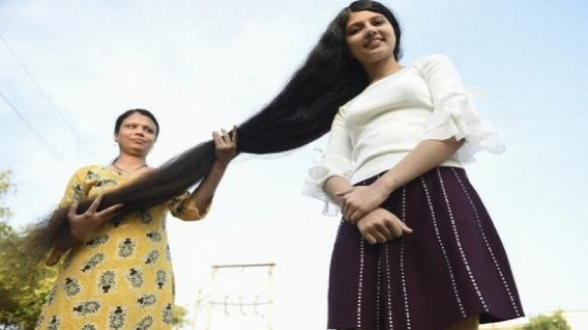 Nilanchi, who has the longest hair in the world, donated it to the museum