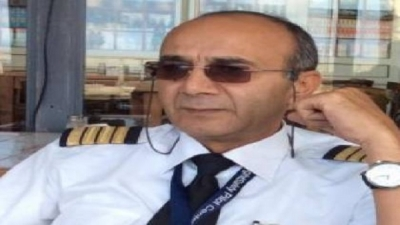 The Civil Aviation Authority imposed a penalty on pilot Ashraf Abu Al-Yusr to withdraw his license for life for violating safety standards while flying, in addition to revoking his assistant's license for a year.