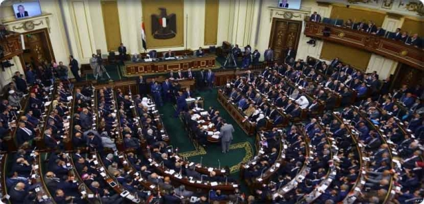 The Egyptian Parliament approves the extension of the term of the President of the Republic