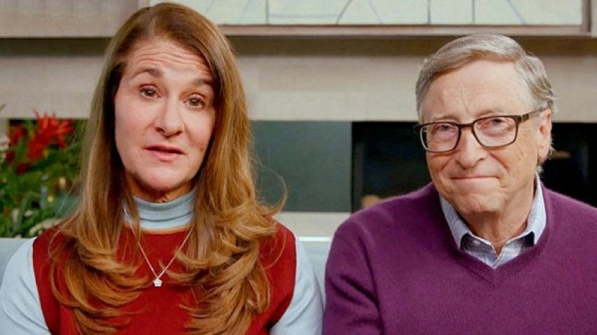 "Bill Gates, according to the latest classification of ""Forbes"" magazine, the fourth richest man in the world, with an estimated wealth of 124 billion dollars, and he is behind two other American citizens, Jeff Bezos, Elon Musk and French Bernard Arnault."